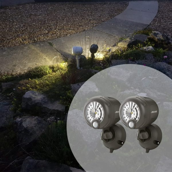 WIDE ANGLE SPOTLIGHT PACK OF 2 – TCXT2 on garden path